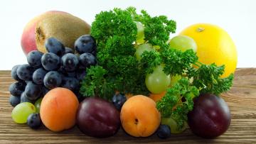 обоя еда, фрукты,  ягоды, сливы, абрикос, лимон, виноград, петрушка