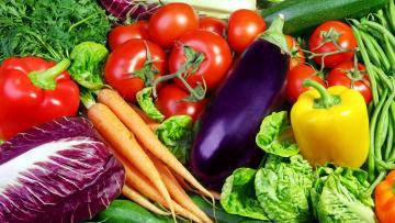 обоя еда, овощи, морковь, перец, баклажан, помидоры, салат, зелень