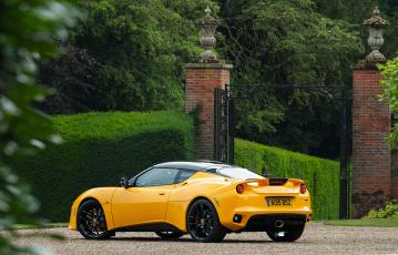 Картинка автомобили lotus evora '2015г 400 желтый