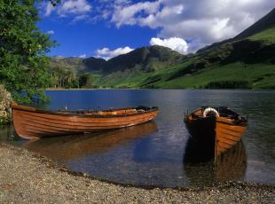 Картинка корабли лодки шлюпки озеро горы пейзаж