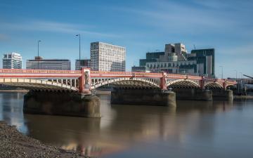 обоя vauxhall bridge & mi6,  london, города, лондон , великобритания, река, мост