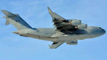 Картинка mcdonnell+douglas+c-17+globemaster+iii авиация военно-транспортные+самолёты тяжелый канада ввс самолет транспортный