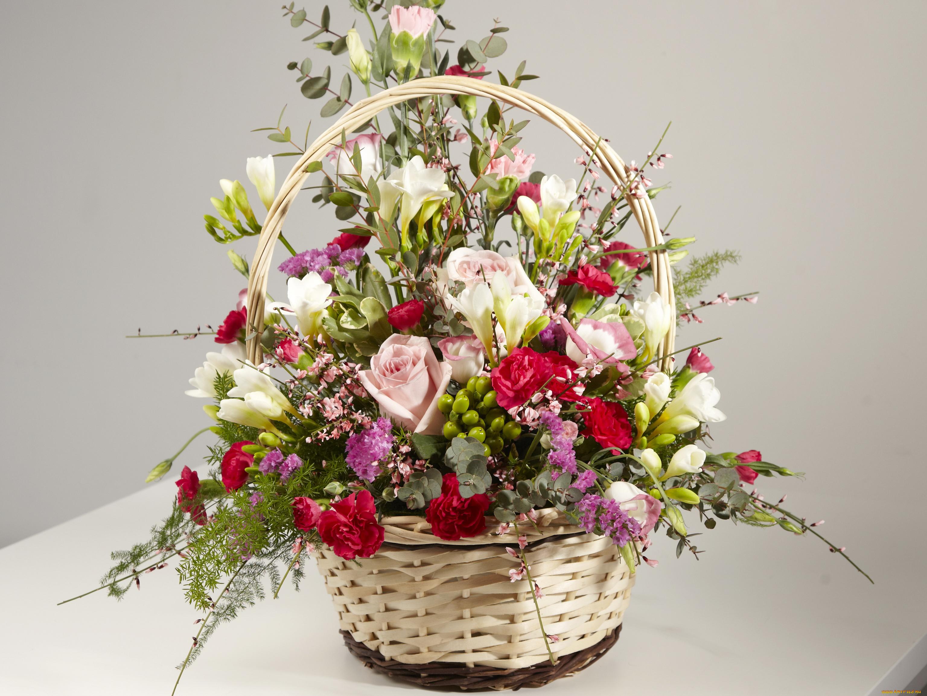 Невесты зеленые, композиция букета цветов