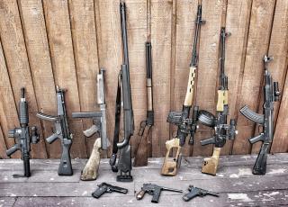 обоя оружие, винтовки, пистолеты, автоматы