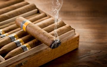 обоя разное, курительные принадлежности,  спички, дым, сигары