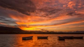 Картинка корабли лодки +шлюпки озеро закат