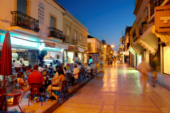 обоя альгарве,  португалия, города, - огни ночного города, дома, огни, люди, кафе, улица