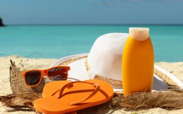 Картинка разное одежда +обувь +текстиль +экипировка сланцы шляпа accessories beach summer крем очки отдых песок море пляж лето glasses sun vacation