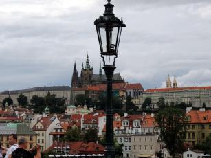обоя города, прага , Чехия, туристы, дома, фонарь