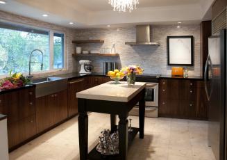 Картинка интерьер кухня плита мебель стол