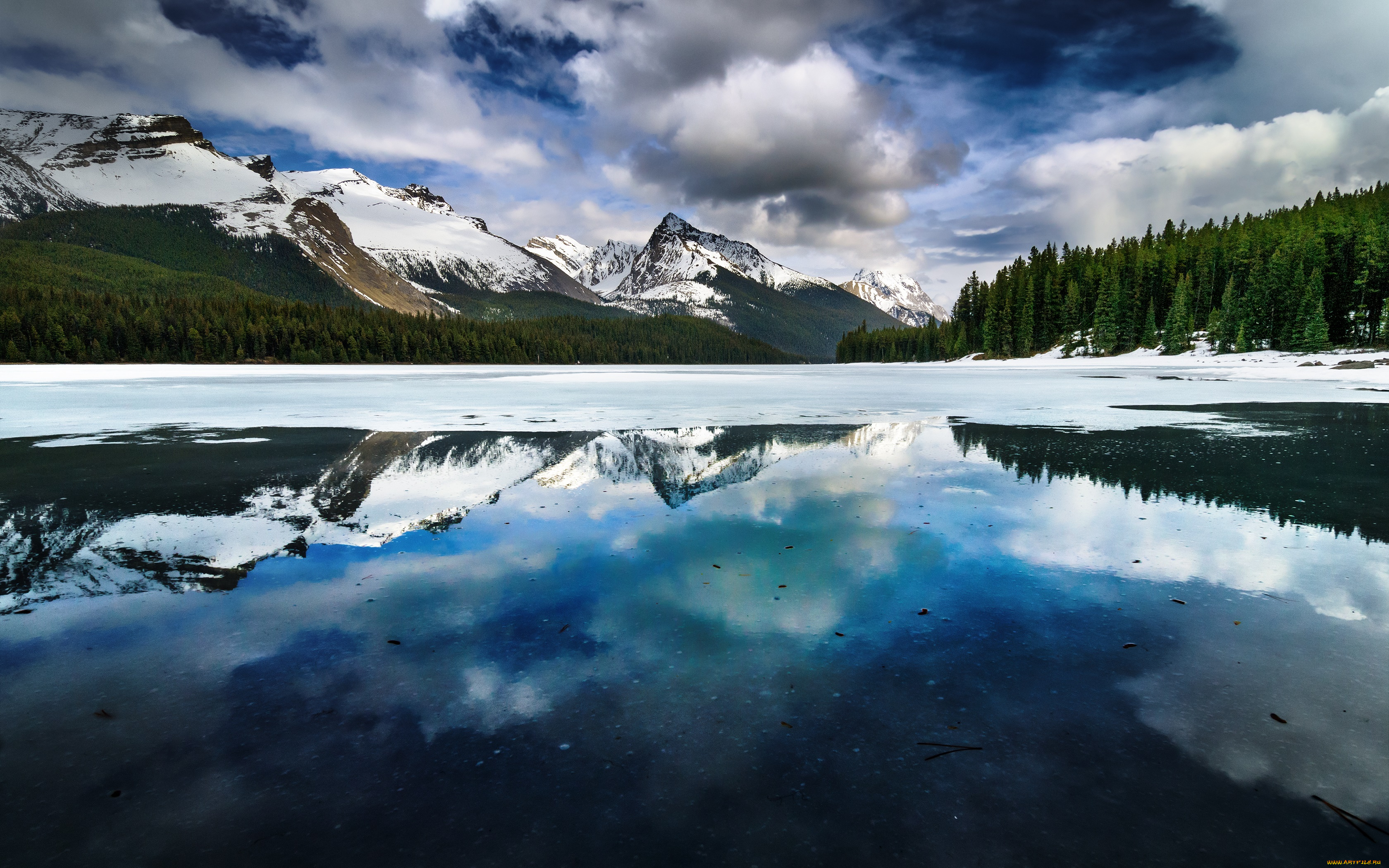 озеро горы снег  № 2476757 загрузить