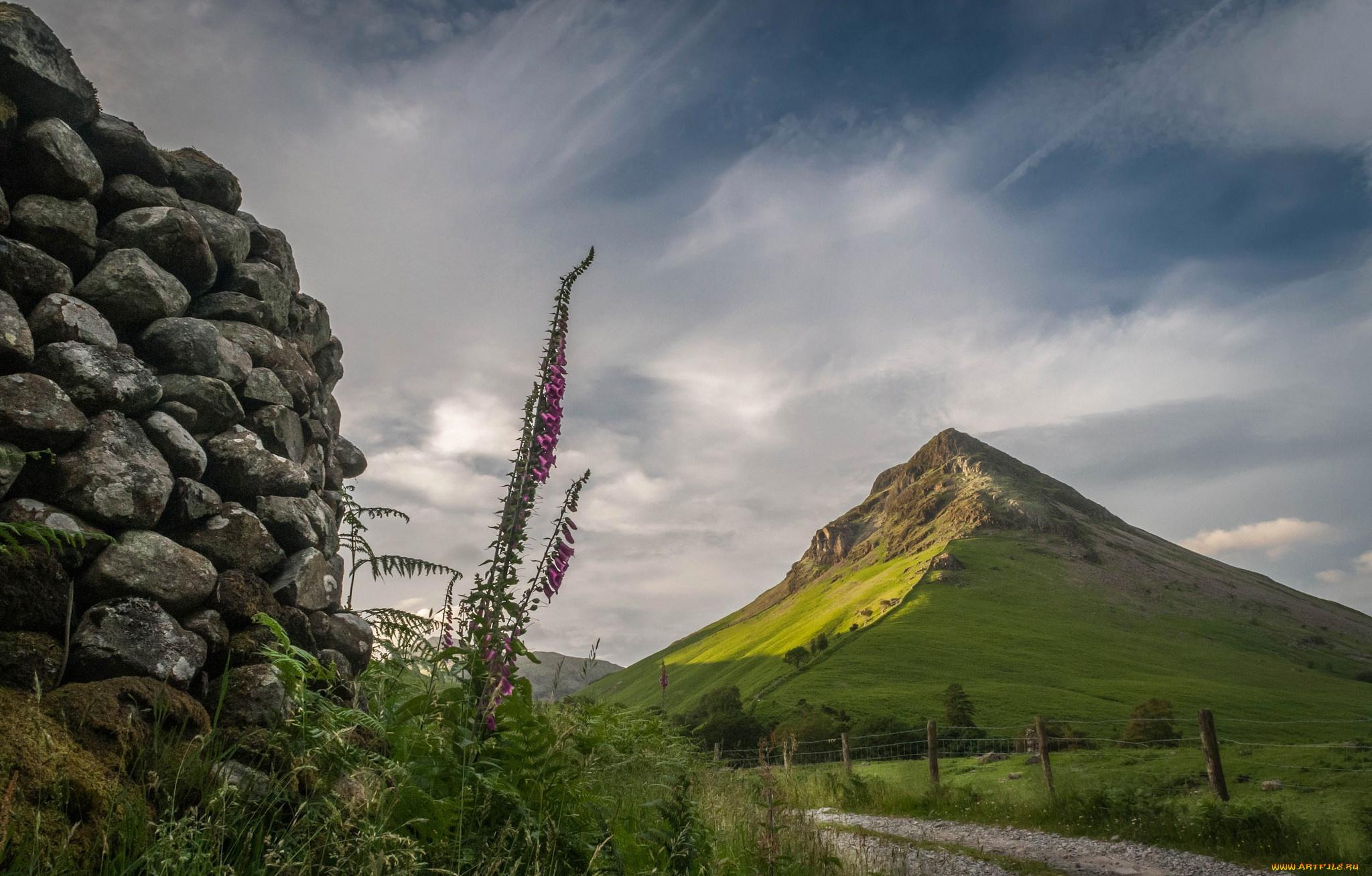Шотландский каменный забор  № 2453278  скачать