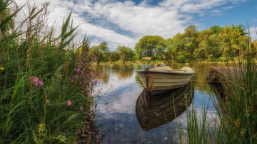 обоя корабли, лодки,  шлюпки, пейзаж, река, трава, уэльс, брайнрфейл, лодка