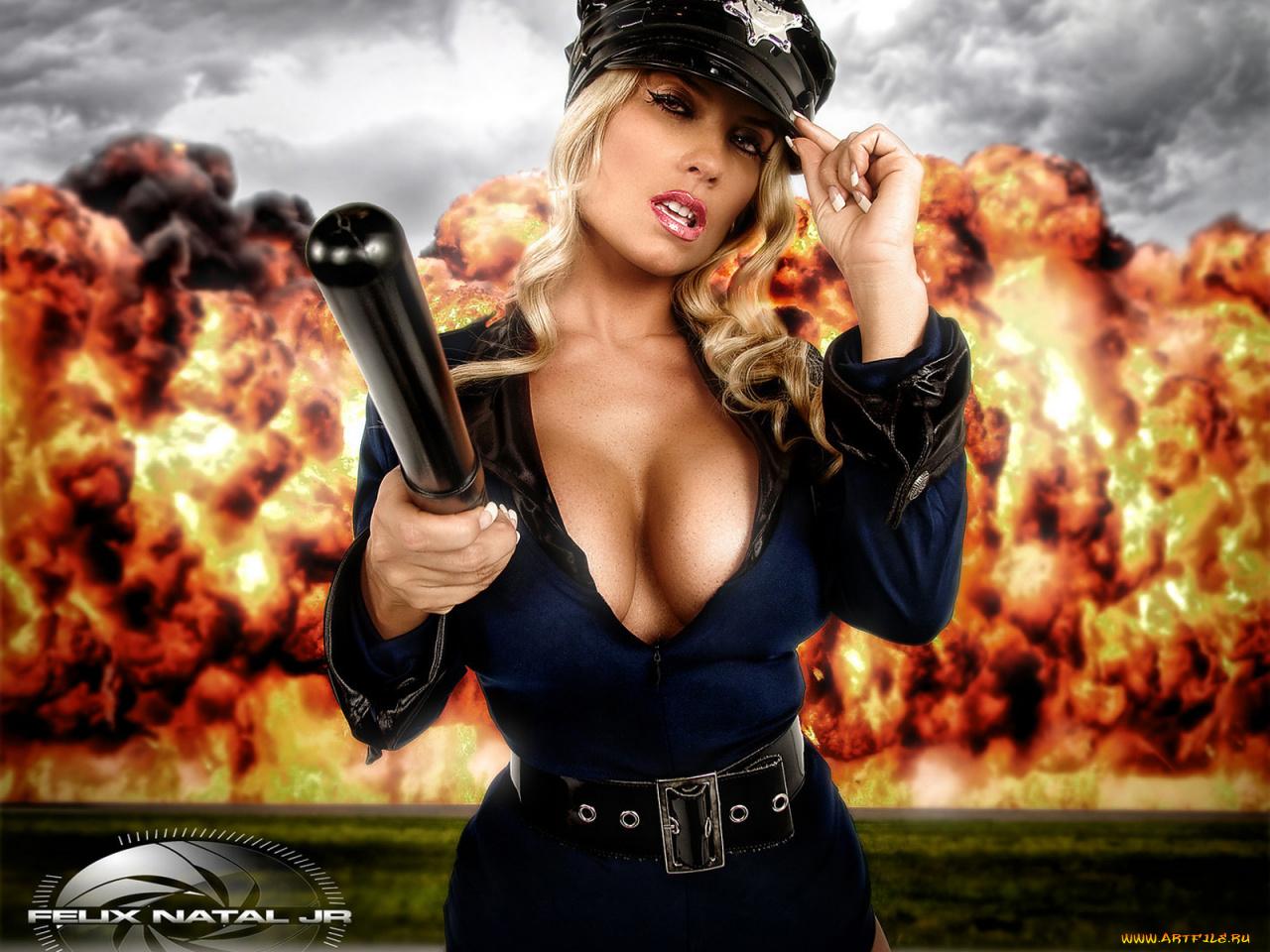 devushki-politseyskie-s-bolshoy-grudyu-ebut-muzhika