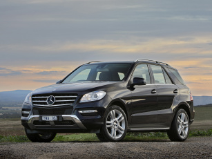 Mercedes ML 350 Bluetec загрузить