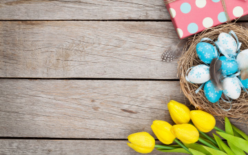 обоя праздничные, пасха, yellow, тюльпаны, easter, wood, decoration, tender, tulips, eggs, happy, spring