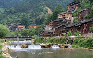 Картинка города пейзажи дома горы река