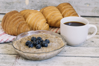 Картинка еда мюсли +хлопья завтрак хлеб круассан кофе черника хлопья