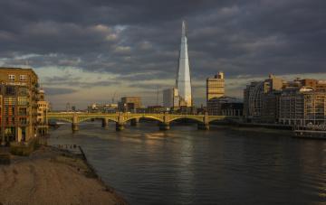 обоя shard & southwark bridge,  london, города, лондон , великобритания, река, мост