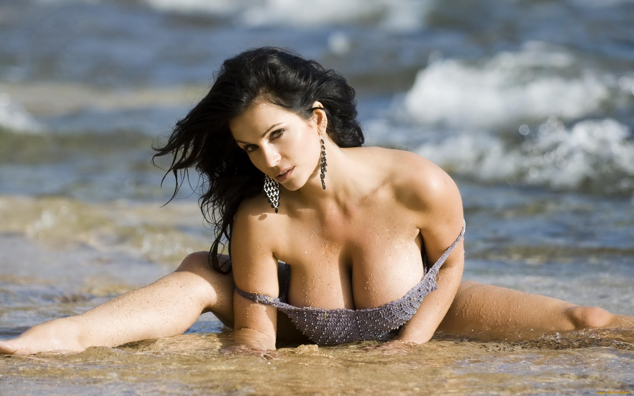 Смотреть фото голых девушек бесплатно крупно, Голые сексуальные девки крупным планом 14 фотография
