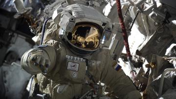Картинка космос астронавты космонавты космонавт скафандр роскосмос