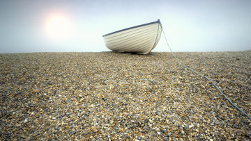 Картинка корабли лодки шлюпки галька лодка веревка