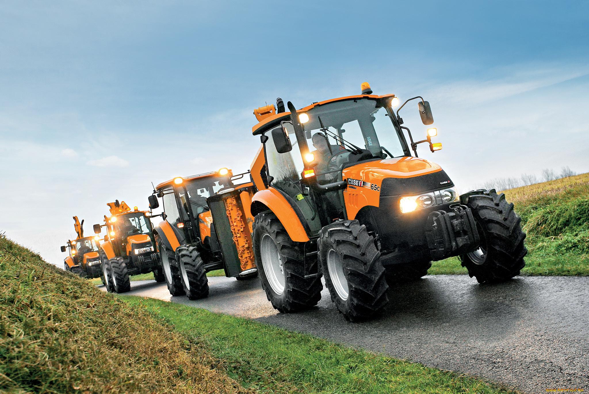 Продажа новой спецтехники трактора фото российской спецтехники