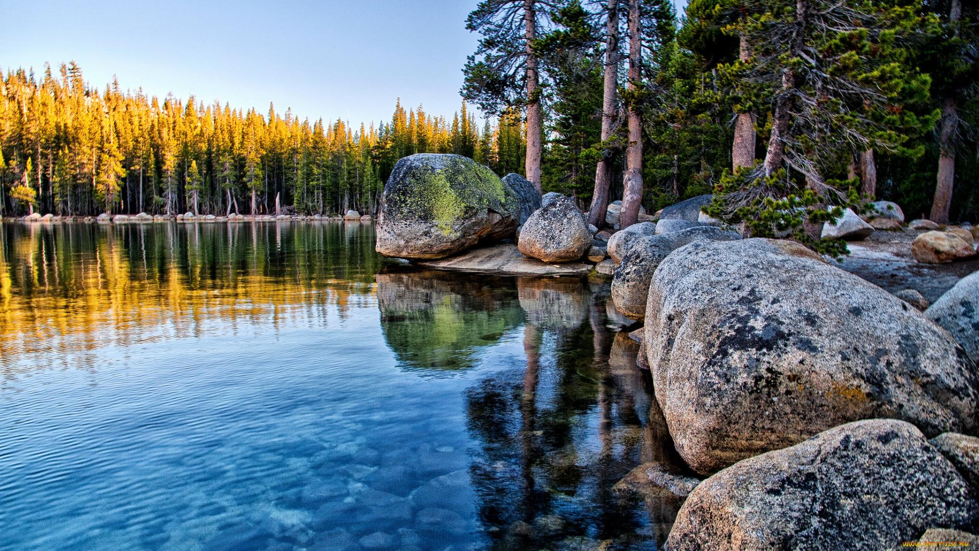 Озерцо вокруг камней  № 395382 бесплатно