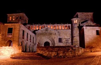 обоя испания, города, - дворцы,  замки,  крепости, освещение, ступени