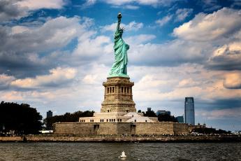 обоя statue of liberty, города, - памятники,  скульптуры,  арт-объекты, монумент, остров