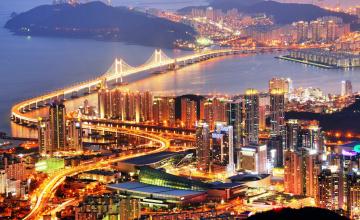 обоя пусан,  корея, города, - огни ночного города, мост, берега, небоскребы, огни, панорама, река, город