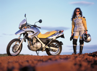 обоя мотоциклы, мото с девушкой, bmw