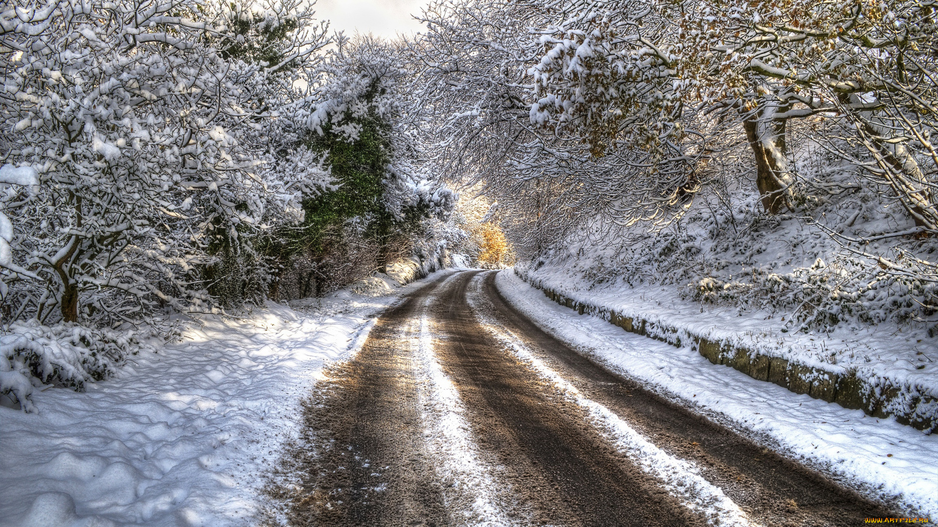 Армения Ереван туннель деревья снег загрузить