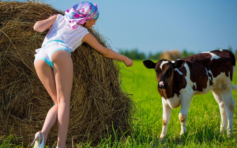 Молодую деревенские поебеньки на видео фильм порно фото