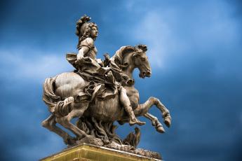 Картинка louis+xiv города -+памятники +скульптуры +арт-объекты монарх статуя