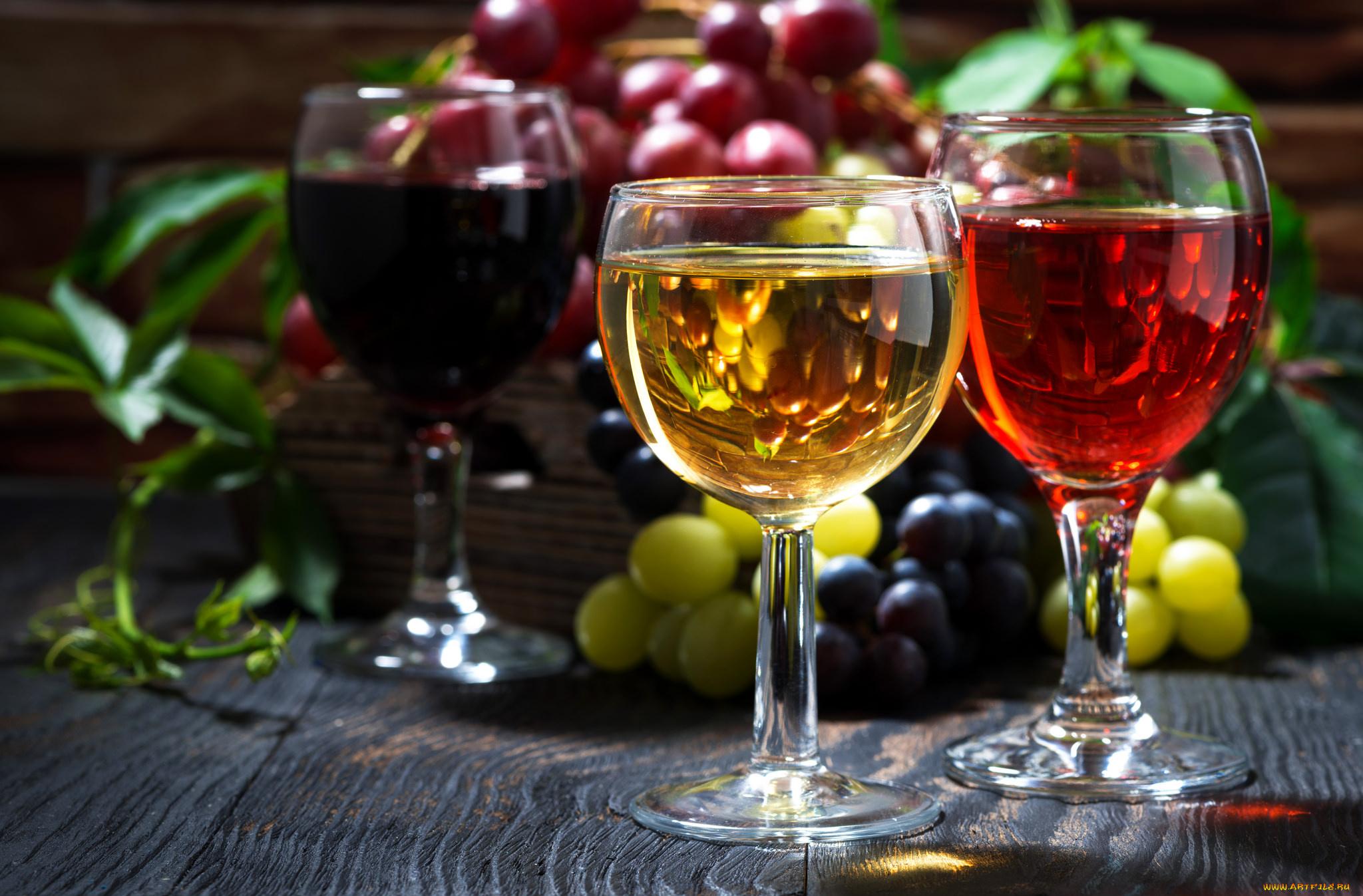 Картинка с вином в бокале, открытки праздником любви