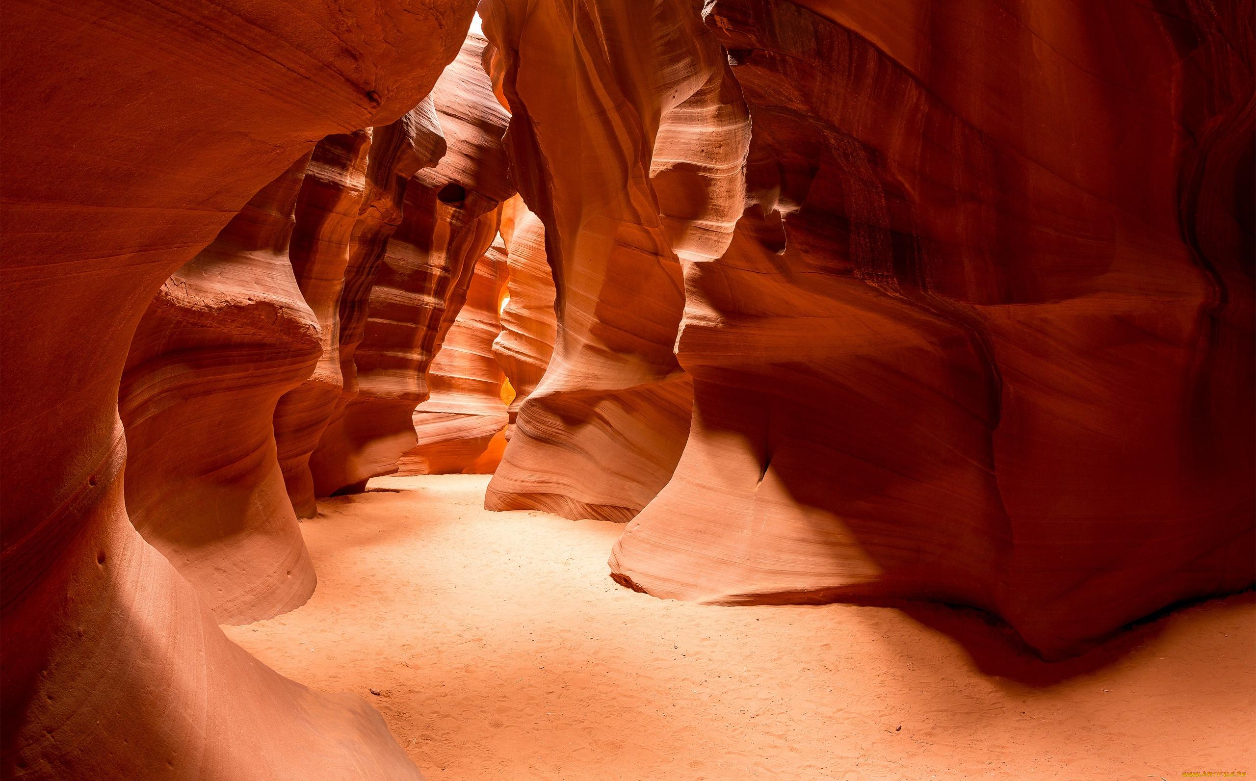 пещера пустыня загрузить