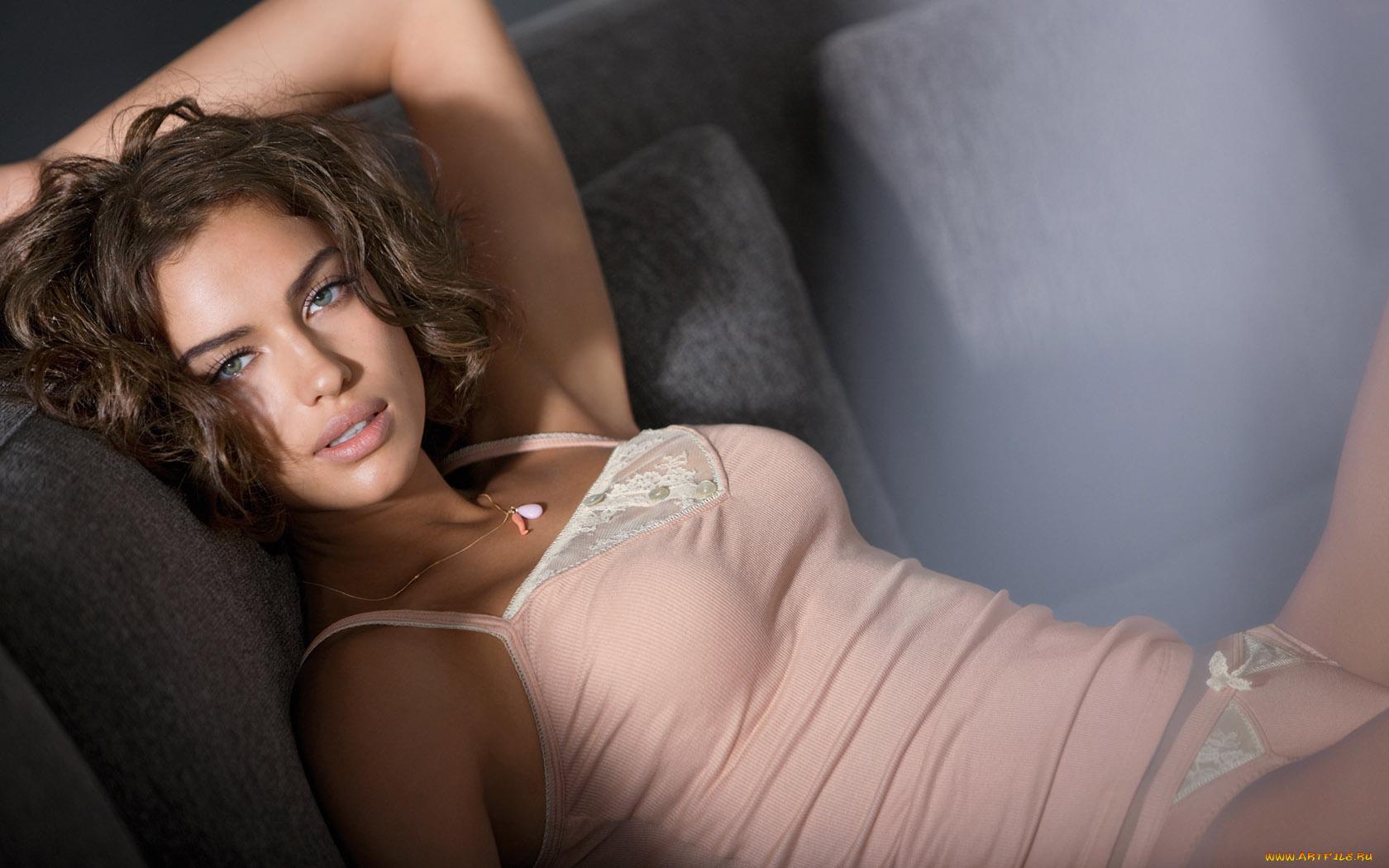 Секс красивыми девочками порно, Секс, стриптиз, красивые голые девушки. - МетаВидео 15 фотография