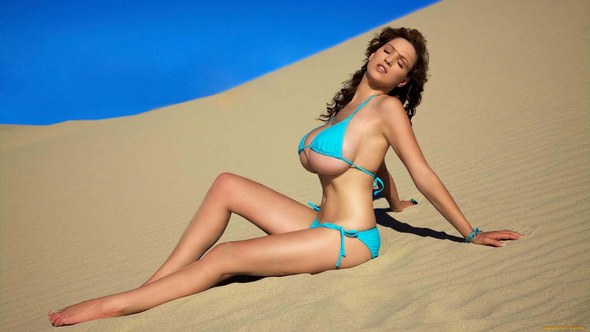 Смотреть грудастые девушки на пляже и с, Секс на пляже - подборка порно видео. Коллекция секс 9 фотография
