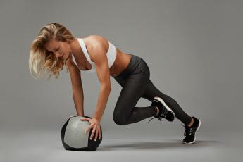 обоя спорт, гимнастика, workout, ball, woman, female, training, fitness